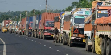 truckers strike kashmir attack
