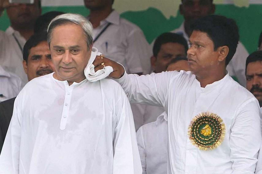pandian, patnaik, odisha, bureaucrat