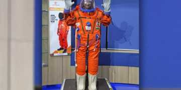Isro spacesuits