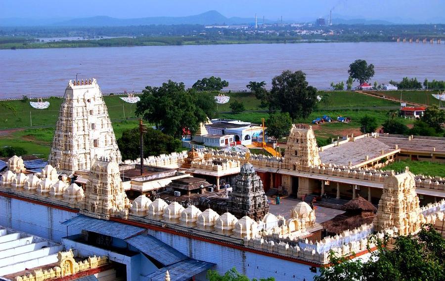 Bhadrachalam, KCR