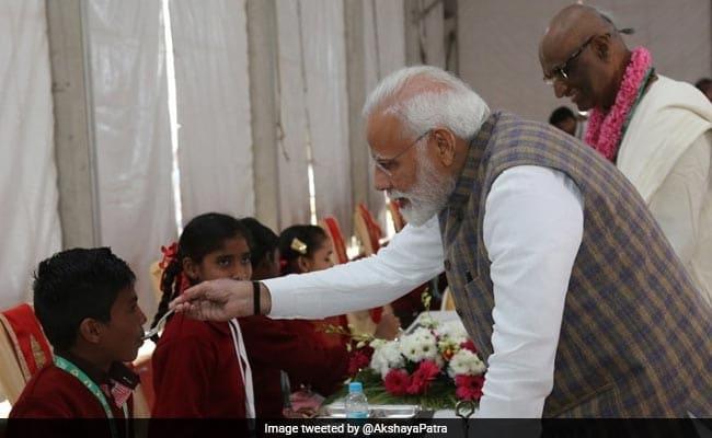 akshay patra, PM Modi