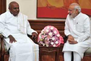 राहुल गांधी पीएम मोदी कर्नाटक देवगौड़ा